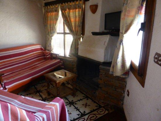 La Calahorra, Espanha: sala con chimenea