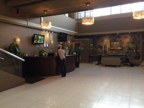 Coliseum Inn: photo1.jpg