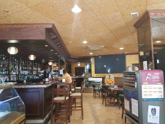 Bar Cafeteria Corona: TA_IMG_20160713_162537_large.jpg