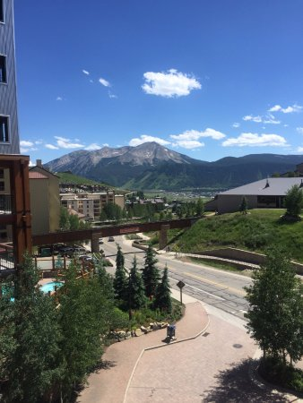 Lodge at Mountaineer Square: view from 301