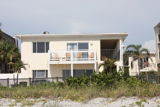 Belleair Beach, Floride : This was the balcony to our room, which is over looking the beach.