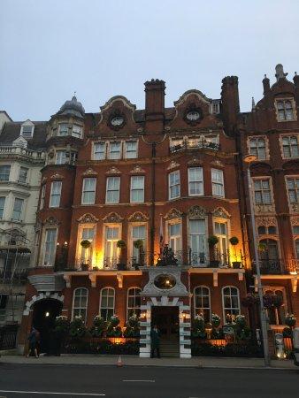 The Milestone Hotel Picture