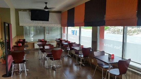Cenicero, สเปน: Bar cafetería San Fernando