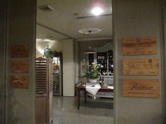 sala colazione shabby chic style - Picture of Hotel Europa ...
