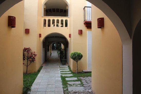 Hotel Casa Conzatti: 雰囲気のある回廊