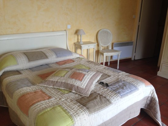 Chambre n 22 appel e chambre d 39 h tes picture of hotel for Chambre d hote a bastia