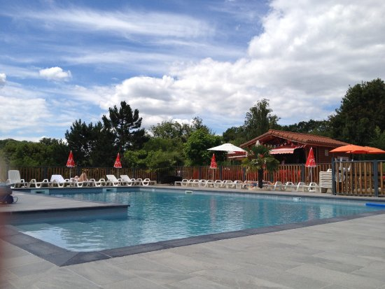 Camping padimadour updated 2017 campground reviews for Camping rocamadour piscine