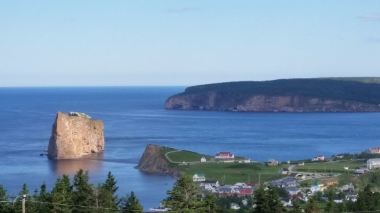 Perce Au Pic de l'Aurore: View of rock and town from property
