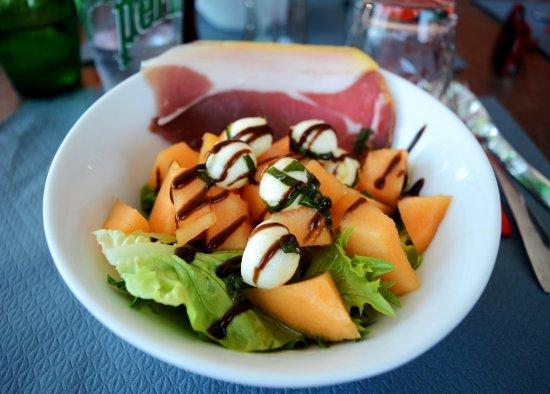Le Passage, Frankrike: Salade melon / jambon / basilic