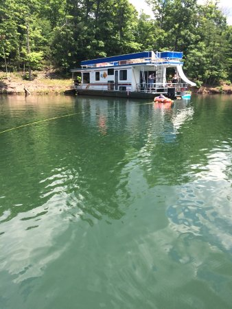 Raystown Lake: House boat