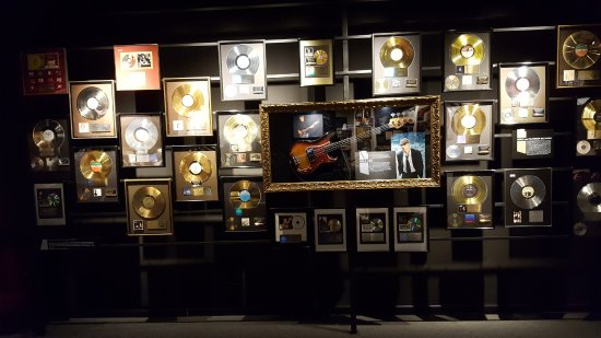 Musicians Hall of Fame and Museum: Gold record wall