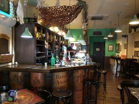 La Barra Y El Bar Paseo De La Mina Fotograf A De La Tasca