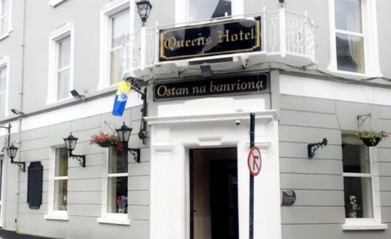Queens Hotel & Night Club: Queens Hotel Ennis