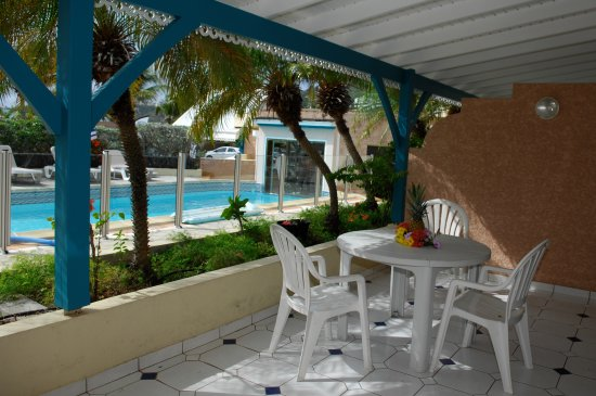 Colombus Hotel : terrasse studio