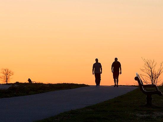 Warwick, RI: Walking trail in Rocky Point Park