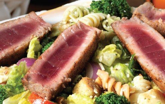 Flanigan's Seafood Bar & Grill : Pasta Caesar Salad with Fresh Tuna