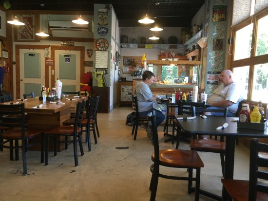 Chandler, OK: A real gem on Route 66 Shady parking out of the heat Nice open clean dining Friendly service fro