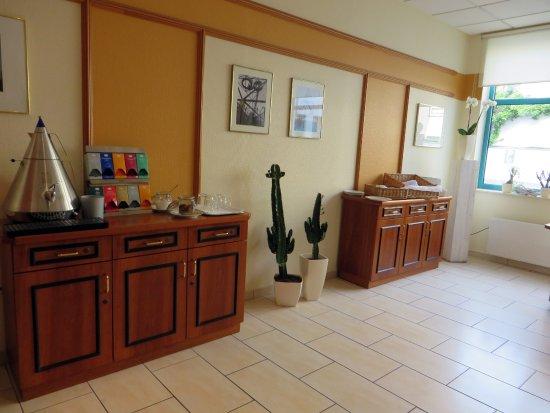Hotel Residenz Oberhausen: Breakfast room