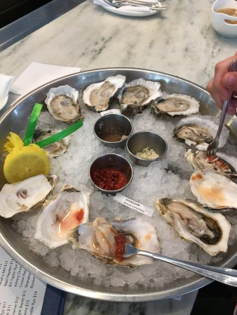 Apollo Beach, FL: Bluepoint Oysters