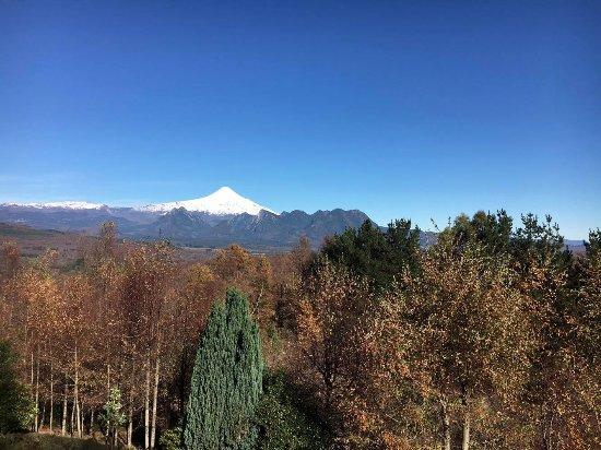 Mirador los Volcanes: Vista desde la cabaña, que ganas de despertar con esa vista!