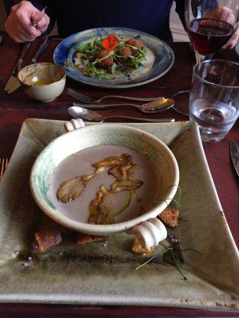 Two Bridges, UK: Wild mushroom soup and sun dried tomato arancini