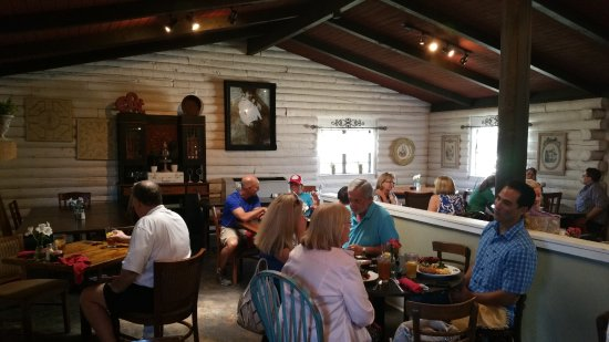 Ingram, TX: Rustic and Comfortable Styling