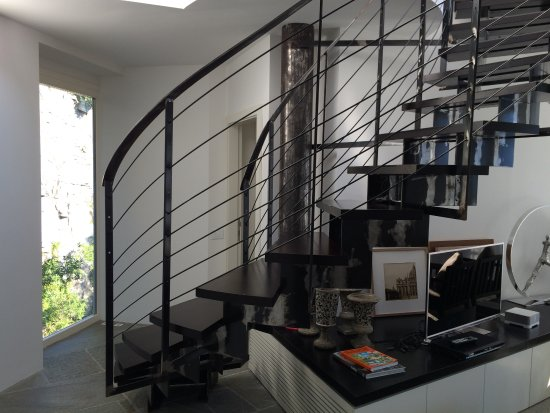 Pognana Lario, Italia: The staircase to the master bedroom