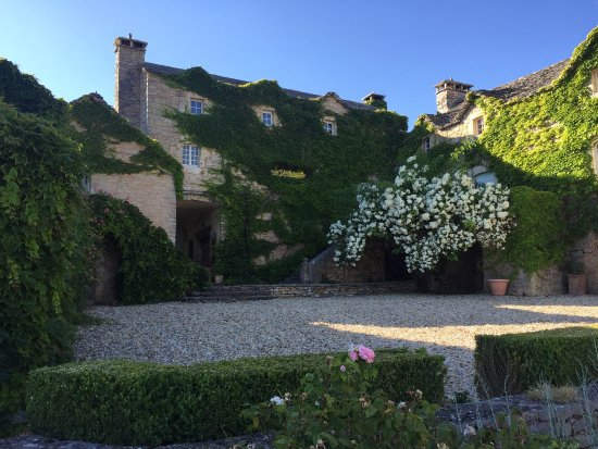 RELAIS DES MONTS CHATEAUX & HOTELS DE FRANCE