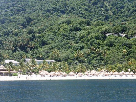 Vieux Fort, St. Lucia: Beach