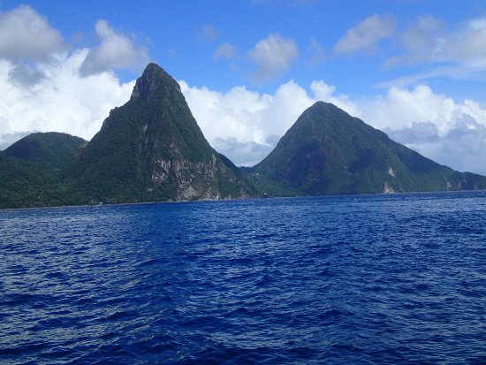 Vieux Fort, St. Lucia: Pitons