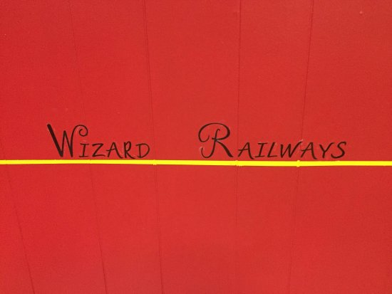 Lewiston, Нью-Йорк: Find that train ticket so you can board the Wizard Train to Wizard School!