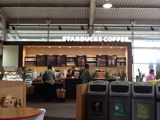 Potters Bar, UK: Starbucks