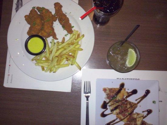 TGI Fridays: Chicken fingers