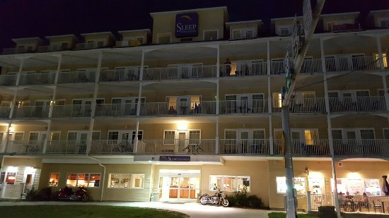 Sleep Inn & Suites: 20160712_211519_large.jpg