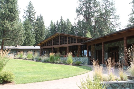 House on Metolius: Back of the house, as seen from River overlook.