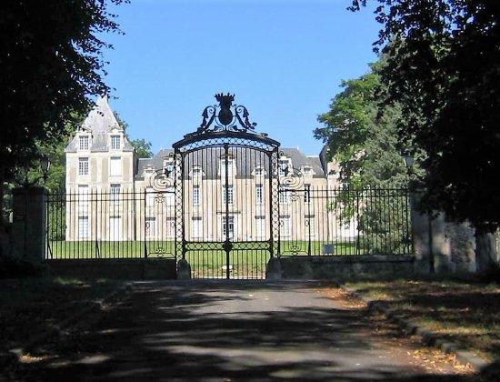 chateau villers en arthies