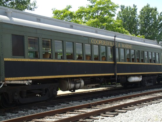Coopersville, MI: historical rail cars