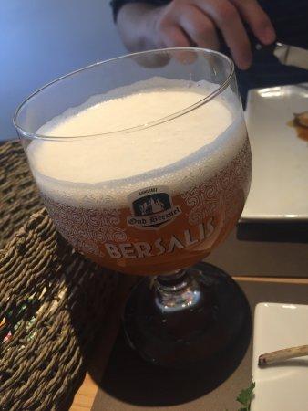 Beersel, Βέλγιο: Bersalis Sourblend au fut et Bersalis Triple. Des bières régionales de qualité