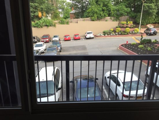 Cheverly, MD: The Balcony with no way to get to it