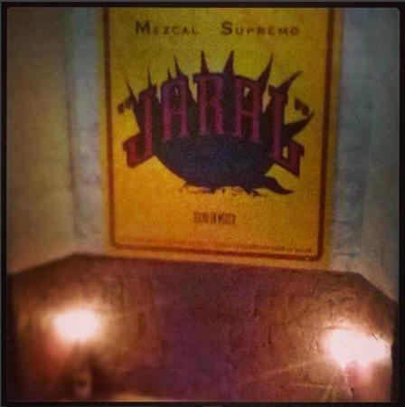 Lagos de Moreno, Meksyk: El mezcal de la casa!!!