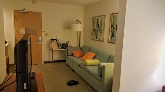 SpringHill Suites Dallas Arlington North: Living room to right, Kitchenette off to the left