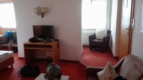Hotel Tirolerhof : veduta ampia della stanza/suite