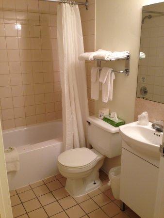 Foto Northwoods Inn & Suites