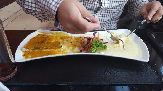 Mochica: Albacora con salsa chupe