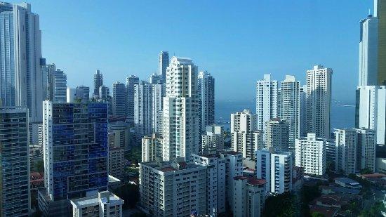 Hotel Riu Plaza Panama: Vista desde la habitación 2216