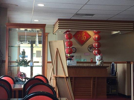 Golden Luck Restaurant & Lounge: photo2.jpg