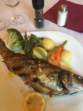 A Fragata: Delicious!! Sea Bass