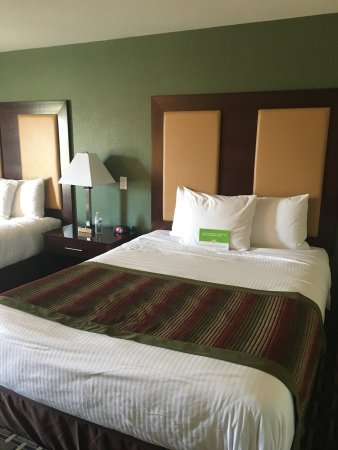 La Quinta Inn & Suites Lancaster: photo2.jpg