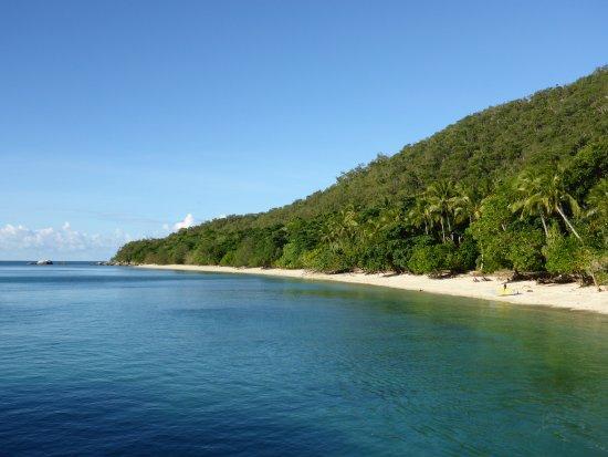 Het strand van Fitzroy Island
