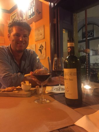 Mangiafoco Cafe : Fantastic wine and service, will definitely come back next time we are in Florence!